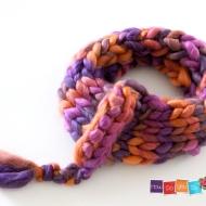 chunky yarn infinity scarf